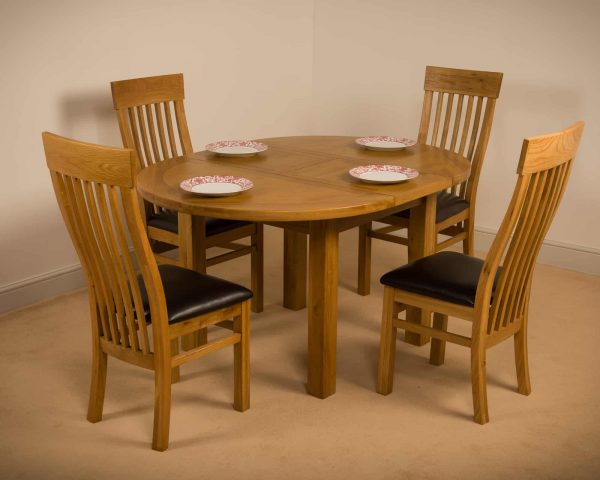 Chiswick Solid Wood Chunky Oak Round, Solid Wood Round Dining Table Sets